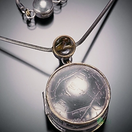 Best Friend Locket Front Close Up.jpg
